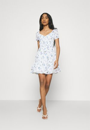 SHORT DRESS - Denní šaty - white floral