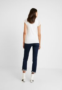 Esprit Collection - V NECK - Print T-shirt - off white - 2