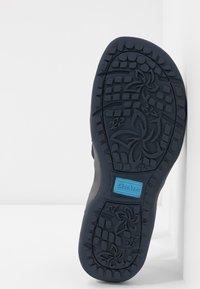 Skechers - REGGAE SLIM - Walking sandals - navy - 6