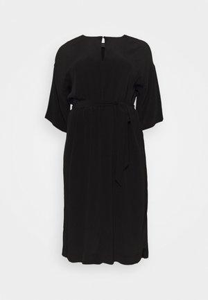 SLFYANKA TONIA DRESS - Day dress - black