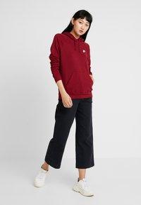 Nike Sportswear - HOODIE - Hoodie - team red/white - 1