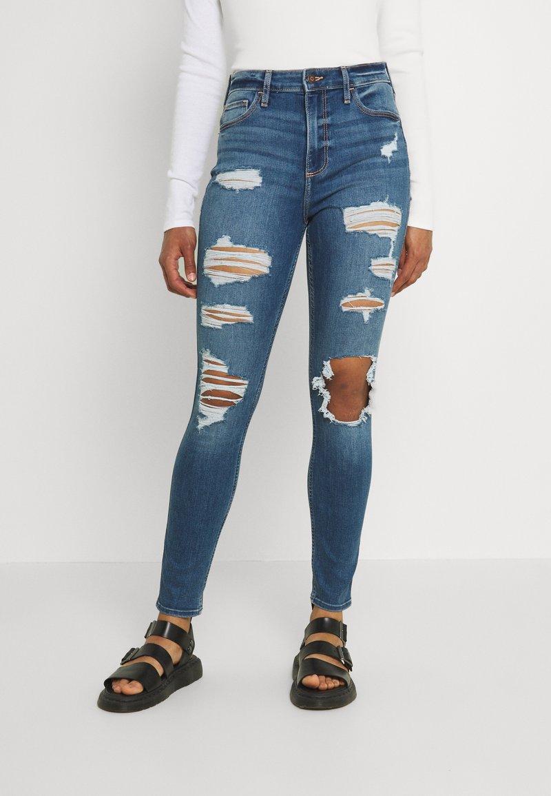 Hollister Co. - CURVY MED SHRED - Jeans Skinny Fit - blue