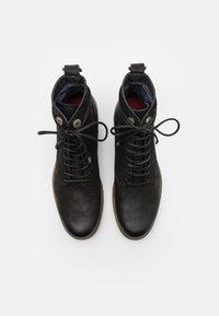 Shelby & Sons - LACE UP BOOT - Šněrovací kotníkové boty - black - 3
