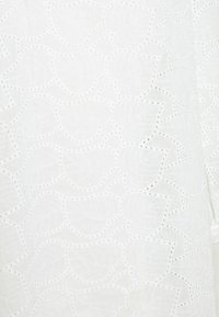Freequent - ZIGGI - Long sleeved top - brilliant white - 2