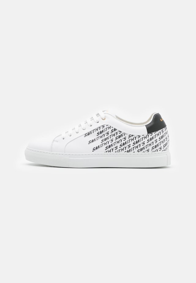BASSO - Sneakers laag - white