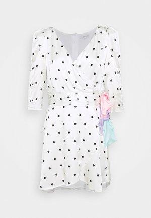 REN DRESS - Freizeitkleid - white
