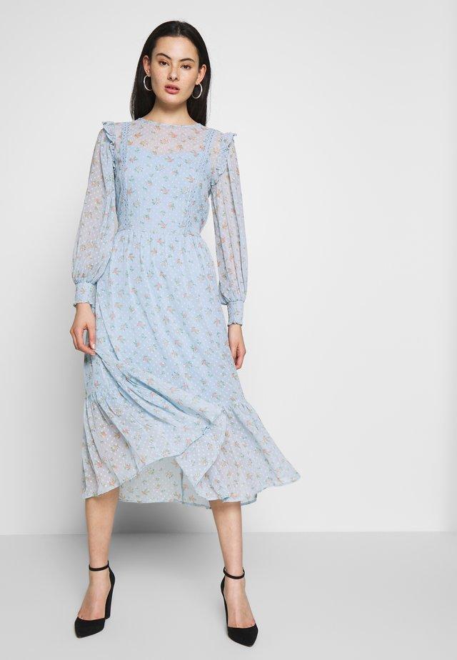 DITSY DOBBY SMOCK MIDI DRESS - Day dress - ditsy
