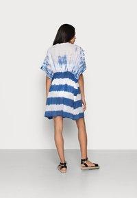 ONLY - ONLLONNY BEACH TUNIC - Beach accessory - cloud dancer/blue - 2