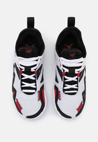 Jordan - WESTBROOK ONE TAKE UNISEX - Scarpe da basket - white/black/universe red - 3