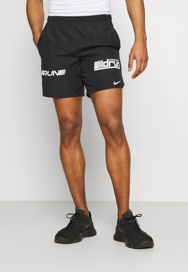 Nike Performance - Korte sportsbukser - black/white/silver