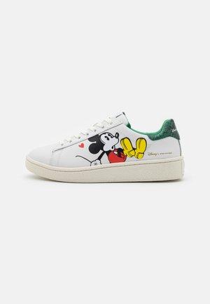 GRANDMASTER - Sneakersy niskie - white