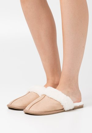 VMANI  - Slippers - tan/solid
