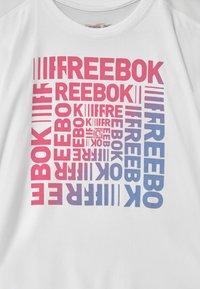 Reebok - Camiseta estampada - white - 2