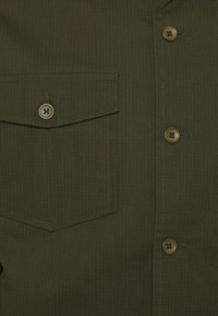 Mads Nørgaard - ARMY RIPSTOP SOLO - Giacca leggera - olive night - 2
