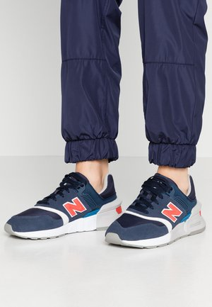 WS997 - Baskets basses - navy/red