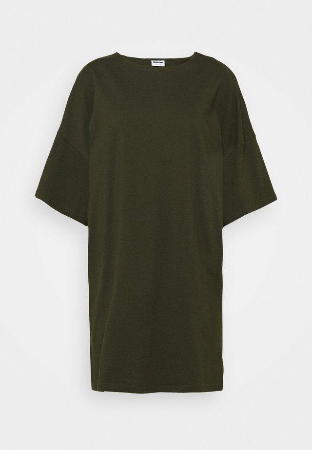 SHORT DRESS PETITE - Jersey dress - rosin