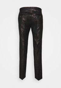 Twisted Tailor - SUNDA SUIT SET - Suit - black pink - 3