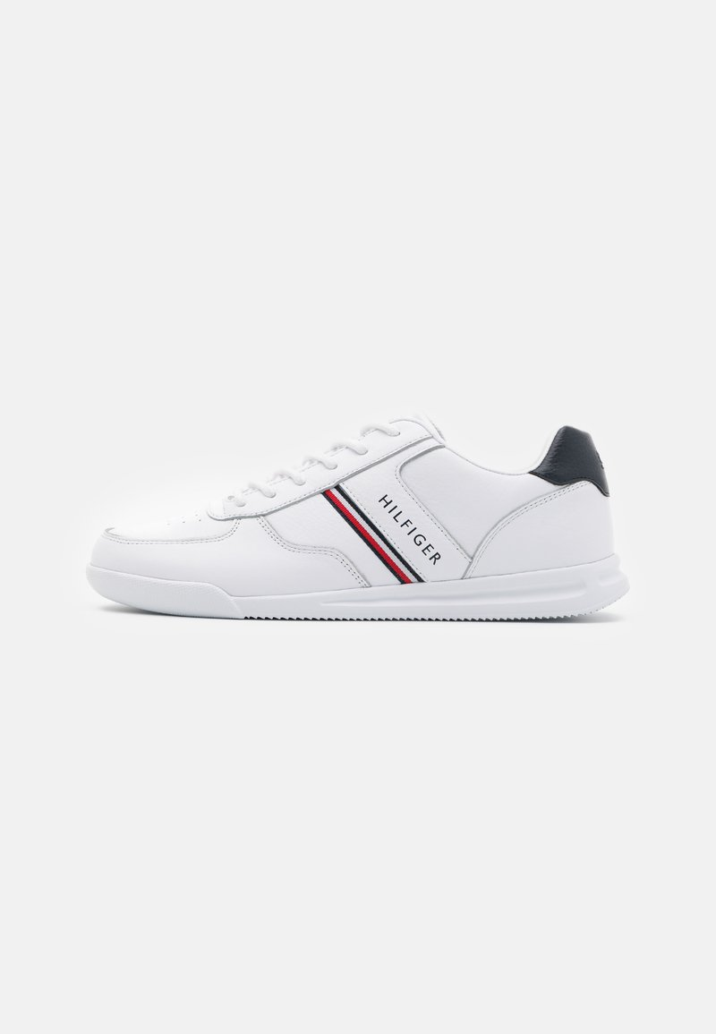 Tommy Hilfiger - LIGHTWEIGHT - Baskets basses - white