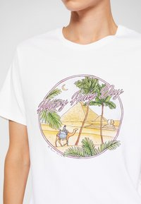 PS Paul Smith - Print T-shirt - white - 7