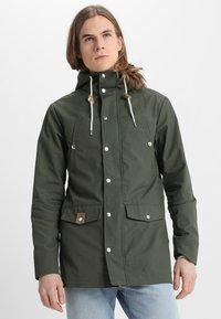 REVOLUTION - LIGHT - Summer jacket - army - 0
