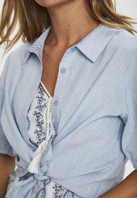 Cream - CRVENTA - Button-down blouse - cashmere blue - 3