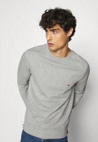 Tommy Hilfiger - CORE  - Sweatshirt - grey - 3