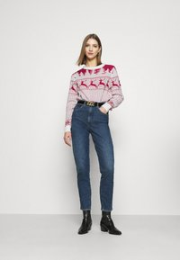 Vila - VICOMET CHRISTMAS - Jumper - snow white/red - 1