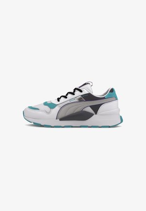 Trainers - white-viridian green