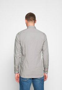 Tommy Hilfiger - SLIM STRETCH - Overhemd - grey - 2