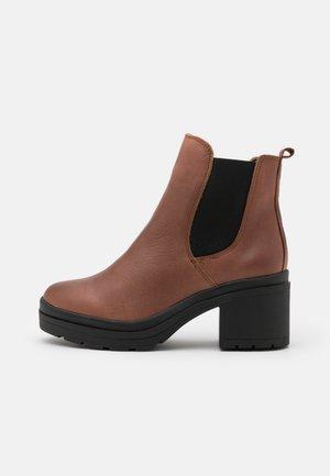 KAMBEL - Platform ankle boots - cognac