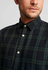 Selected Homme - Chemise - rosin - 5