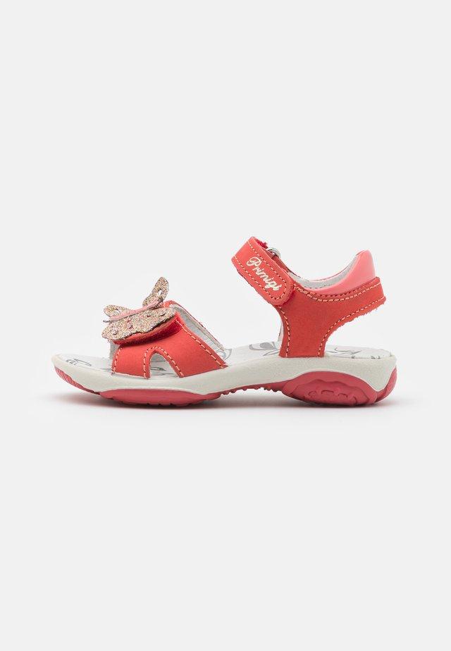 Sandaalit nilkkaremmillä - tulipan/corallo