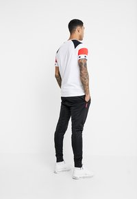Brave Soul - STAR - T-shirt con stampa - white/navy/red - 2