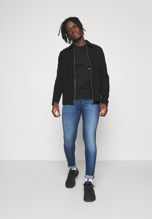 Calvin Klein Jeans SUPER SKINNY - Jeansy Slim Fit - denim dark/ciemnoniebieski Odzież Męska VFLF