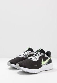 Nike Performance - REVOLUTION 5 - Zapatillas de running neutras - black/white/ghost green/sapphire/dark smoke grey/light smoke grey - 2