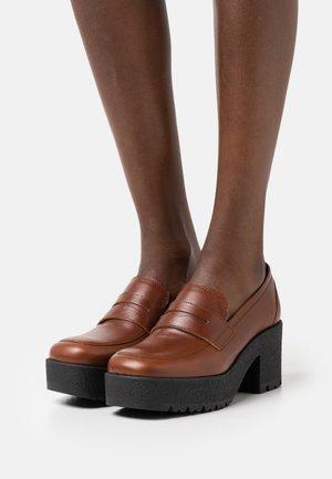 KOY - Platform heels - wonka