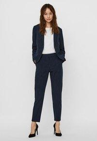 Vero Moda - Blazer - navy blazer - 1