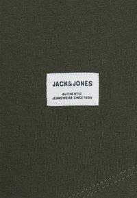 Jack & Jones - JJENOA TEE CREW NECK 3 PACK - Long sleeved top - white - 5