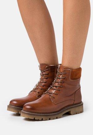BIADIYA LACED WARM BOOT - Winter boots - cognac