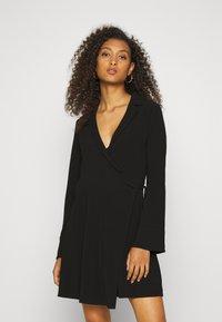 Nly by Nelly - SOFT BLAZER DRESS - Day dress - black - 0