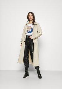 Liu Jo Jeans - Print T-shirt - white - 1
