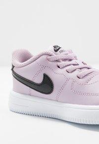 Nike Sportswear - FORCE 1 '18  - Trainers - iced lilac/black/white - 2