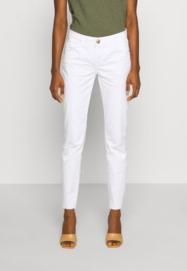 SUMNER DECOR PANT - Spodnie materiałowe - white