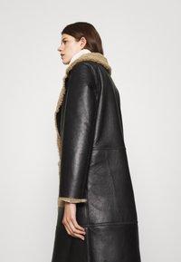 STUDIO ID - KATHERINE CONTRAST POCKET COAT  - Leather jacket - black/cream - 4