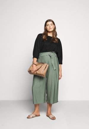 CHAIN GIRLFRIEND SATCHEL - Handbag - tan
