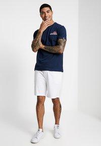 Ellesse - VOODOO - Print T-shirt - navy - 1