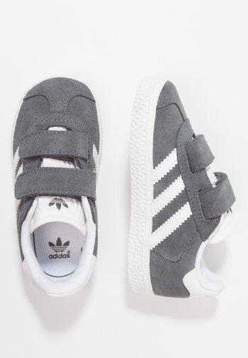 GAZELLE - Sneakers laag -  dgh solid grey/footwear white