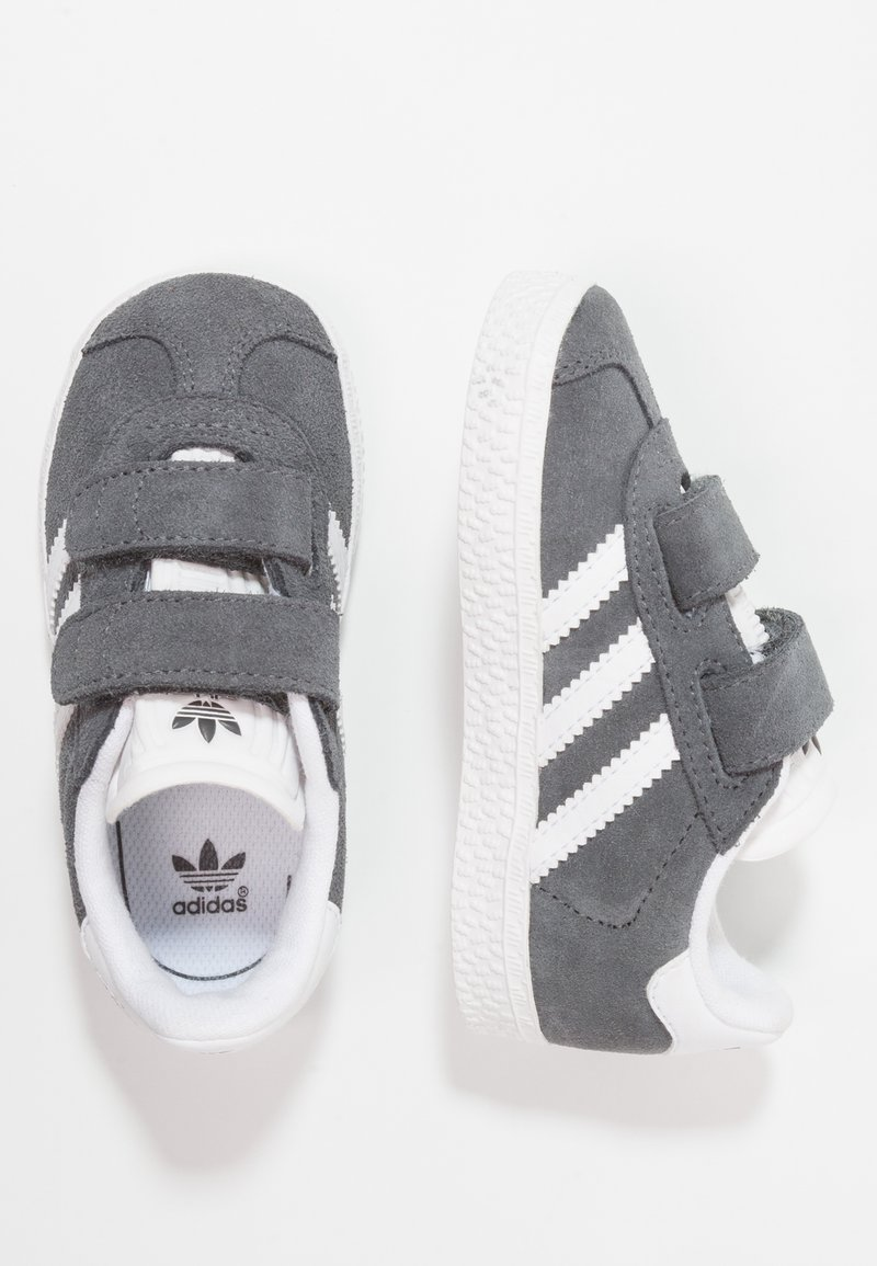 adidas Originals - GAZELLE - Trainers -  dgh solid grey/footwear white