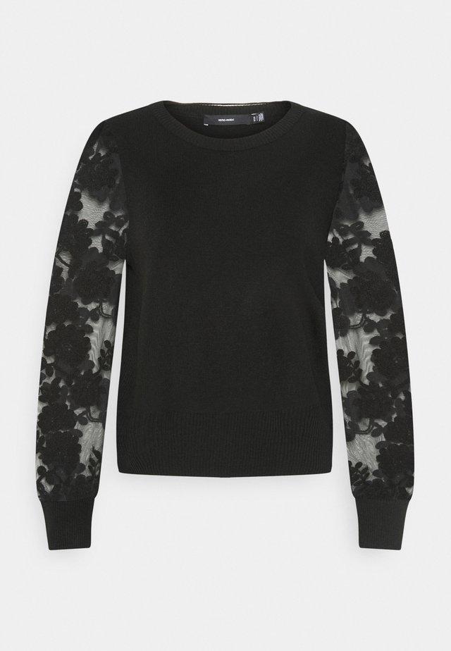 VMFLOWER O-NECK - Pullover - black