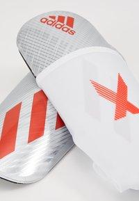 adidas Performance - X PRO - Schienbeinschoner - silver metallic/hire red/black - 5